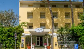 Hotel Cristina B&B